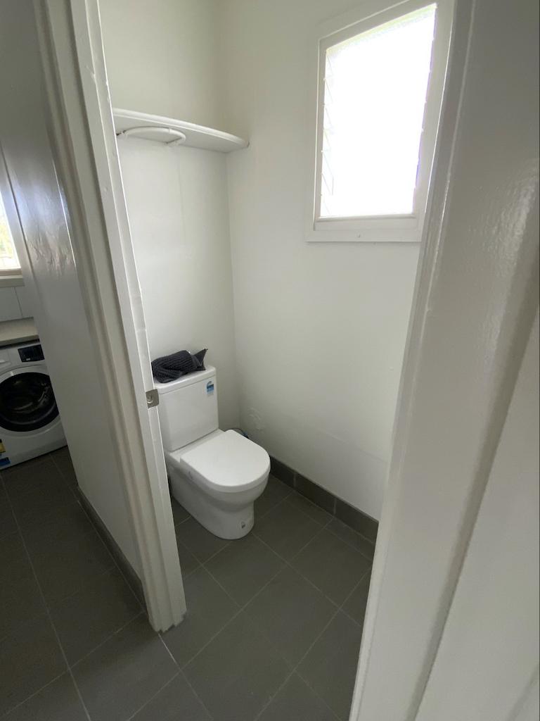 Simpson Toilet